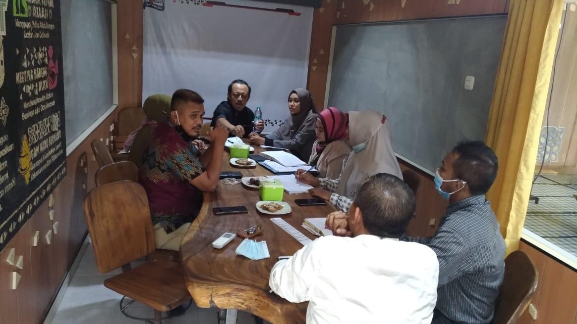 Sewa Tempat Seminar Surabaya